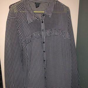 Torrid button up shirt with ruffles